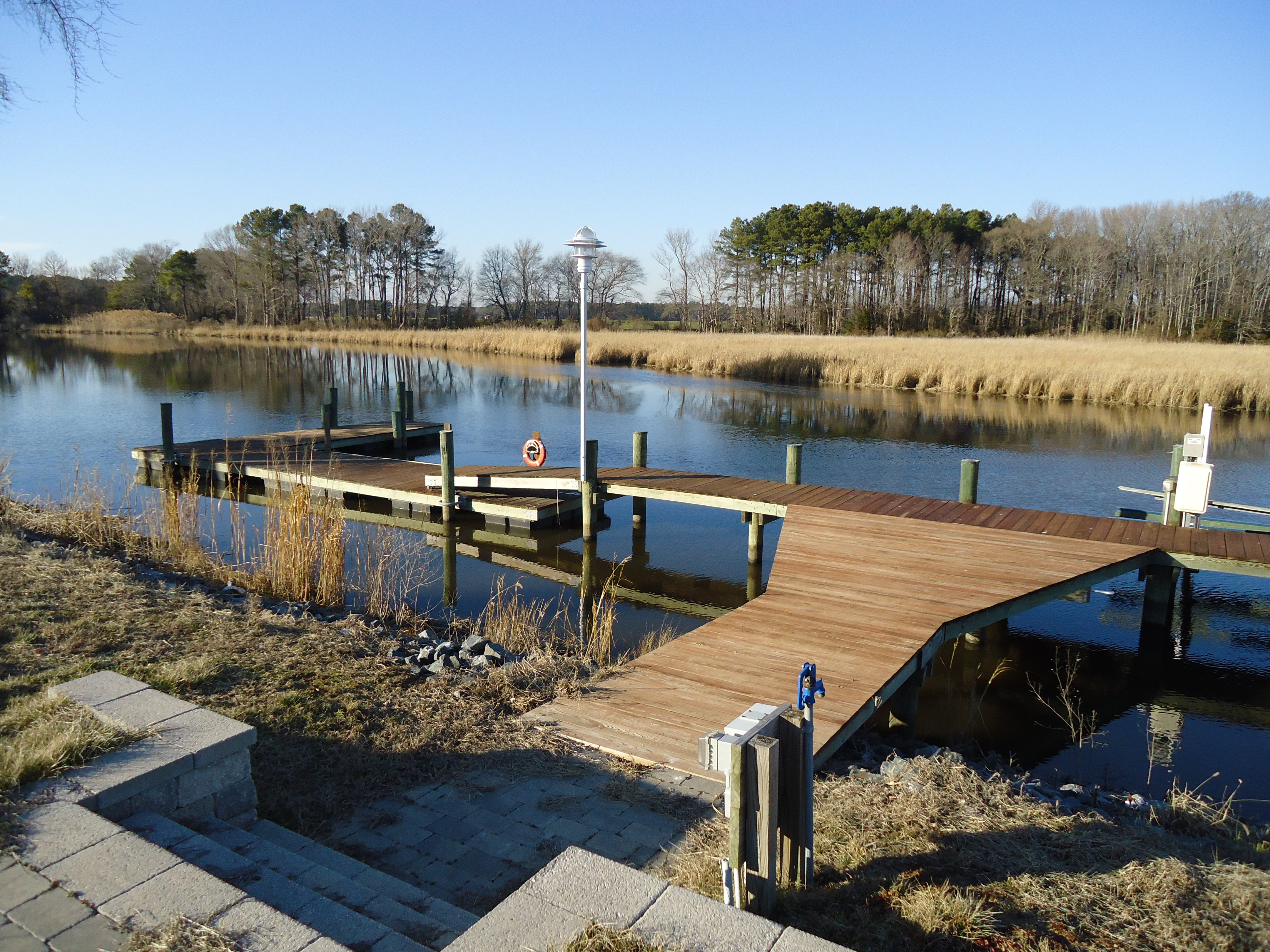 Floating Dock and Boat Lift